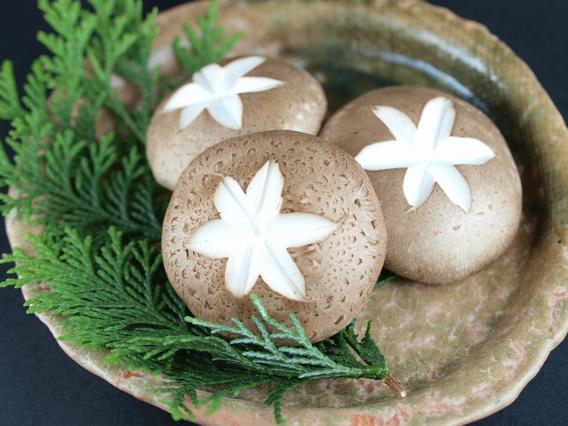 ①鍋物にあうきのこベスト3